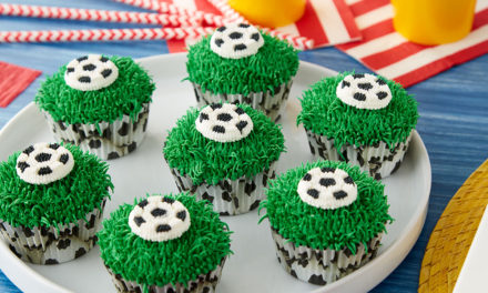 Soccer Cupcakes for the Big Game!
